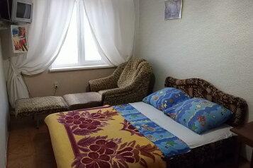 Коттедж  2-й этаж, 30 кв.м. на 6 человек, 2 спальни, Планерная, Коктебель - Фотография 4