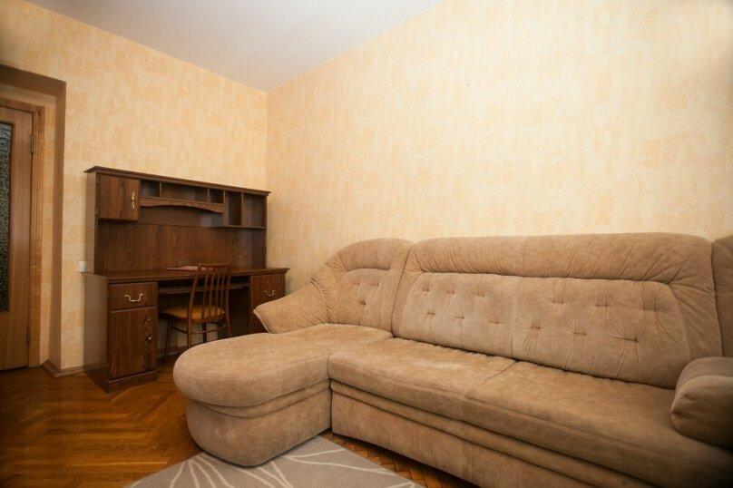 2-комн. квартира, 75 кв.м. на 5 человек, Проточный переулок, 11, Москва - Фотография 4