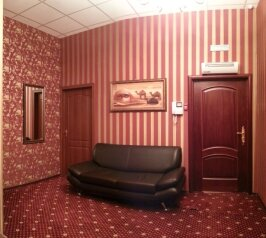 Гостиница, Скаковая улица на 44 номера - Фотография 1