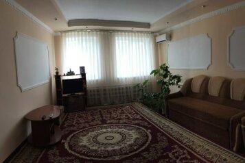Дом 1, 120 кв.м. на 8 человек, 3 спальни, мартынова , Морское - Фотография 2
