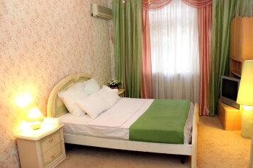 1-комн. квартира, 85 кв.м. на 6 человек, улица Аллея Героев, 4, Центральный район, Волгоград - Фотография 4