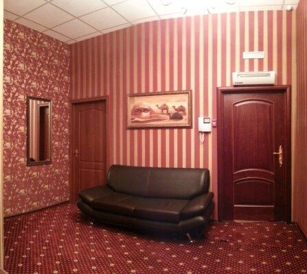 Гостиница, Скаковая улица, 36 на 44 номера - Фотография 1
