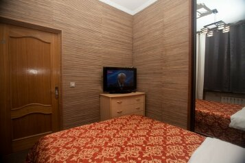 3-комн. квартира, 62 кв.м. на 7 человек, 2-й Щемиловский переулок, 16-20, Москва - Фотография 2