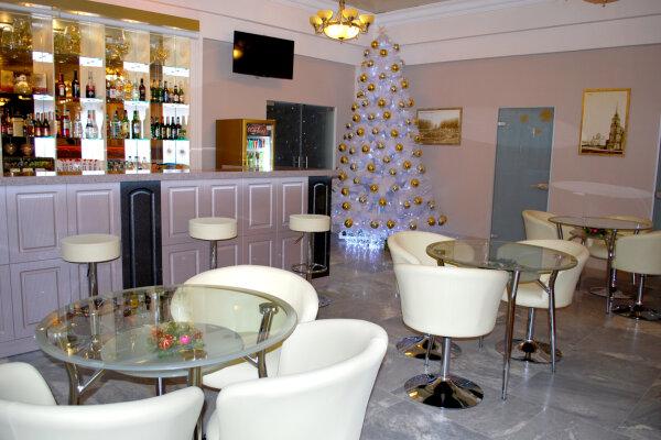 Гостиница, Путейская улица, 3 на 200 номеров - Фотография 1