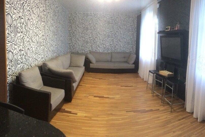 Комфортабельный дом для большой компании, 300 кв.м. на 24 человека, 7 спален, ул. Верхняя, 86, Ломоносов - Фотография 10