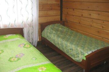 Половина коттеджа из кедрового бруса, 100 кв.м. на 10 человек, 3 спальни, улица Дзержинского, Шерегеш - Фотография 2