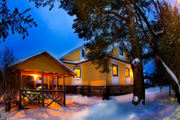 Дом, 110 кв.м. на 6 человек, 3 спальни, Щучье, Санкт-Петербург - Фотография 1