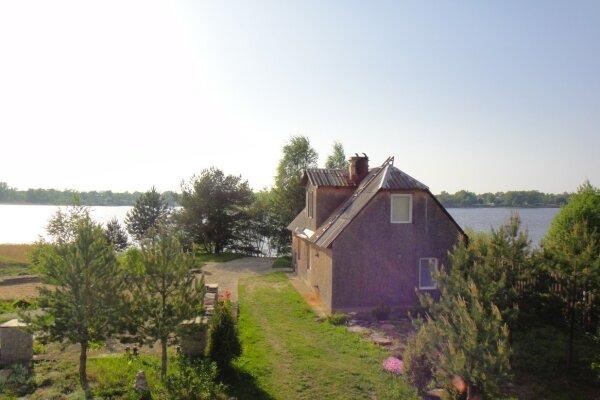 Коттедж на самом берегу реки Волхов, 97 кв.м. на 8 человек, 1 спальня
