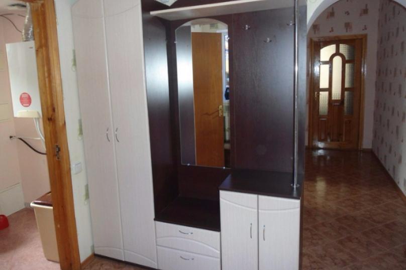 Дом, 50 кв.м. на 4 человека, 2 спальни, улица Чкалова, 61, Феодосия - Фотография 1