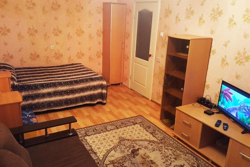1-комн. квартира, 36 кв.м. на 2 человека, Рыбинская улица, 16, Череповец - Фотография 1