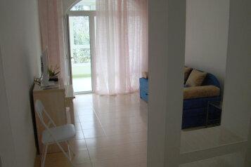 1-комн. квартира, 37 кв.м. на 4 человека, манагарова, 1, Ялта - Фотография 1