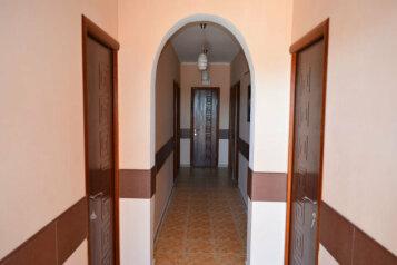Частный отель , улица Бехтерева, 5 на 12 номеров - Фотография 3