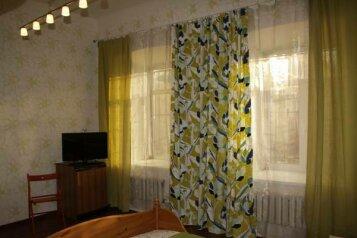 Мини-отель, Петровская улица, 43 на 4 номера - Фотография 3
