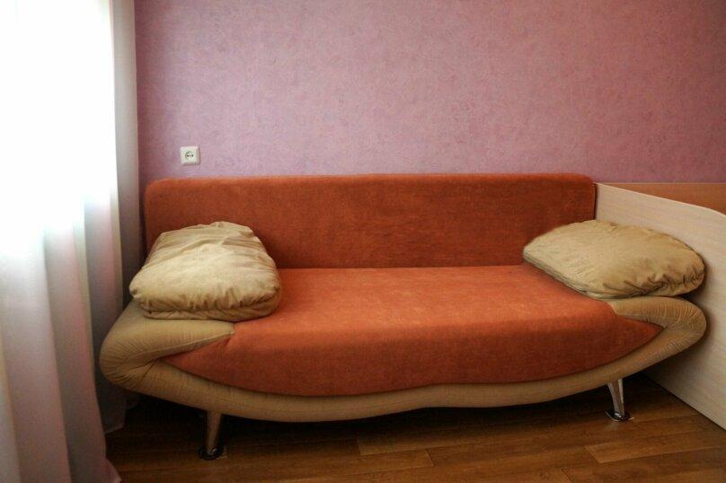 2-комн. квартира, 57 кв.м. на 5 человек, проспект Ленина, 66, Рубцовск - Фотография 4