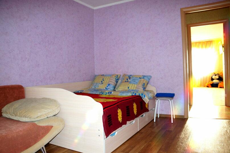 2-комн. квартира, 57 кв.м. на 5 человек, проспект Ленина, 66, Рубцовск - Фотография 5
