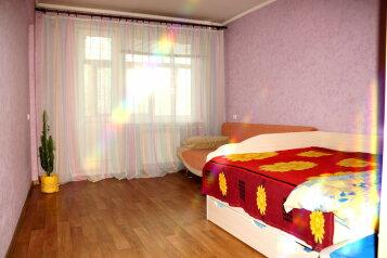 2-комн. квартира, 57 кв.м. на 5 человек, проспект Ленина, 66, Рубцовск - Фотография 3