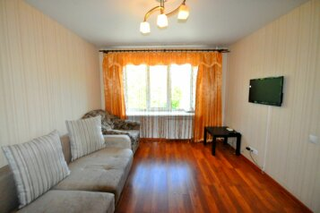 1-комн. квартира, 35 кв.м. на 3 человека, проспект Строителей, 23А, Барнаул - Фотография 1