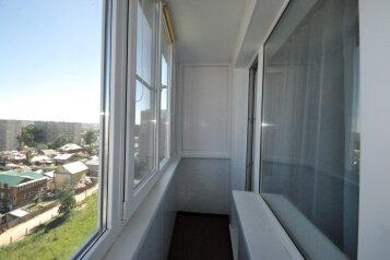 1-комн. квартира, 40 кв.м. на 3 человека, улица Шевченко, 82, Барнаул - Фотография 3