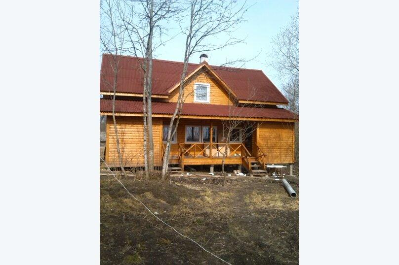 Половина двухэтажного зимнего Фермерского дома на 8 человек, 4 спальни, д. Заречье, Центральная, 5, Луга - Фотография 1