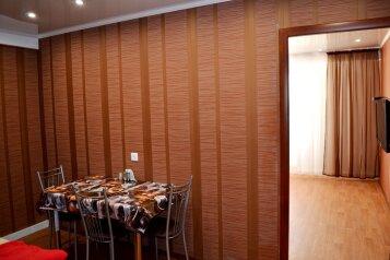 2-комн. квартира, 58 кв.м. на 4 человека, проспект Раиса Беляева, Набережные Челны - Фотография 4