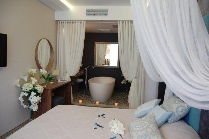 Люкс с ванной в спальне, улица Голицына, 7, Судак - Фотография 3
