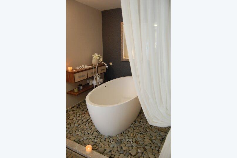 Люкс с ванной в спальне, улица Голицына, 7, Судак - Фотография 5