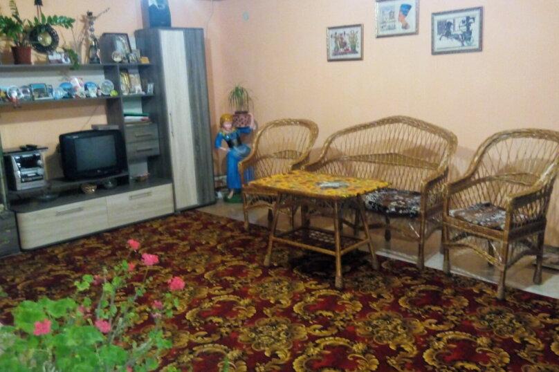 Дом, 100 кв.м. на 5 человек, 2 спальни, улица Ленина, 5, Межводное - Фотография 1