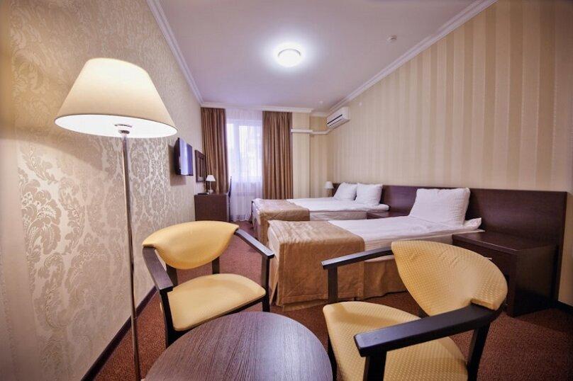 """Отель """"Фаворит"""", улица Леселидзе, 9 на 66 номеров - Фотография 25"""