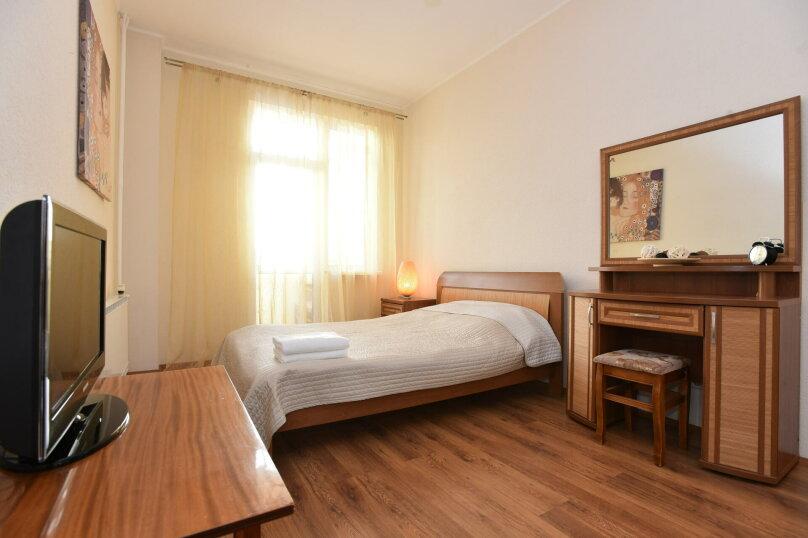 1-комн. квартира, 44 кв.м. на 4 человека, улица Шейнкмана, 111, Екатеринбург - Фотография 1