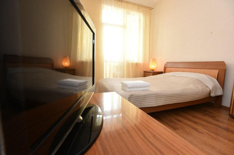 1-комн. квартира, 44 кв.м. на 4 человека, улица Шейнкмана, 111, Екатеринбург - Фотография 2