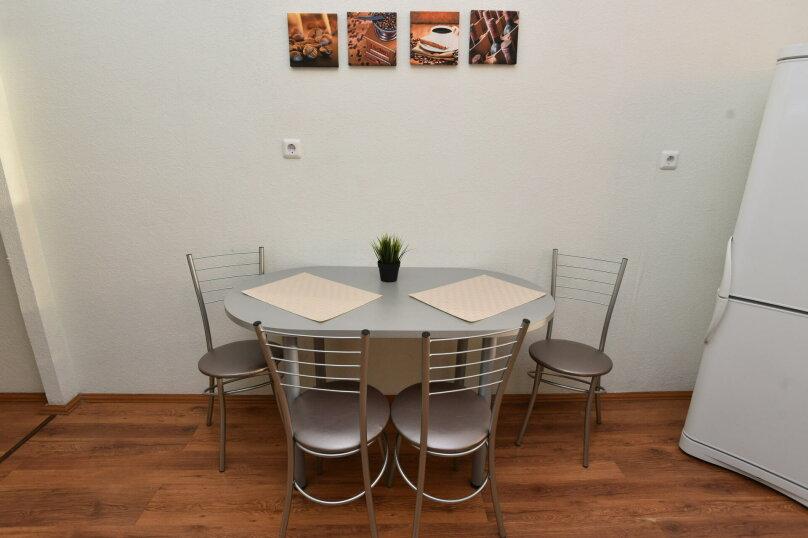 1-комн. квартира, 44 кв.м. на 4 человека, улица Шейнкмана, 111, Екатеринбург - Фотография 18