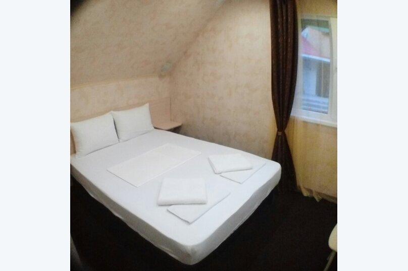 Двухместный номер с двухспальной кроватью, Сочинское шоссе, 8, Лазаревское - Фотография 1