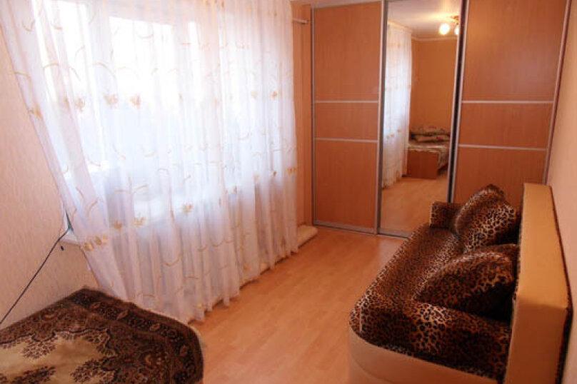 2-комн. квартира, 50 кв.м. на 4 человека, улица Ленина, 55, Алушта - Фотография 1