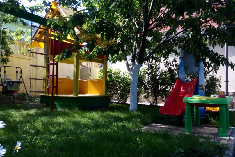 Часть дома с отдельным входом, 150 кв.м. на 10 человек, 5 спален, Интернациональная улица, 17, Береговое, Феодосия - Фотография 14