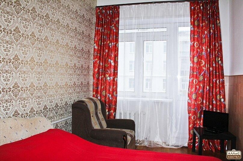 Двухместный номер с двухспальной кроватью, улица Малышева, 27, метро Площадь 1905 года, Екатеринбург - Фотография 3