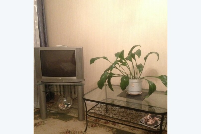1-комн. квартира, 34 кв.м. на 3 человека, улица Герцена, 20, Первоуральск - Фотография 1