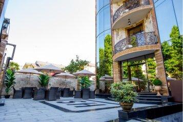 Мини-отель, улица Ленина на 44 номера - Фотография 1