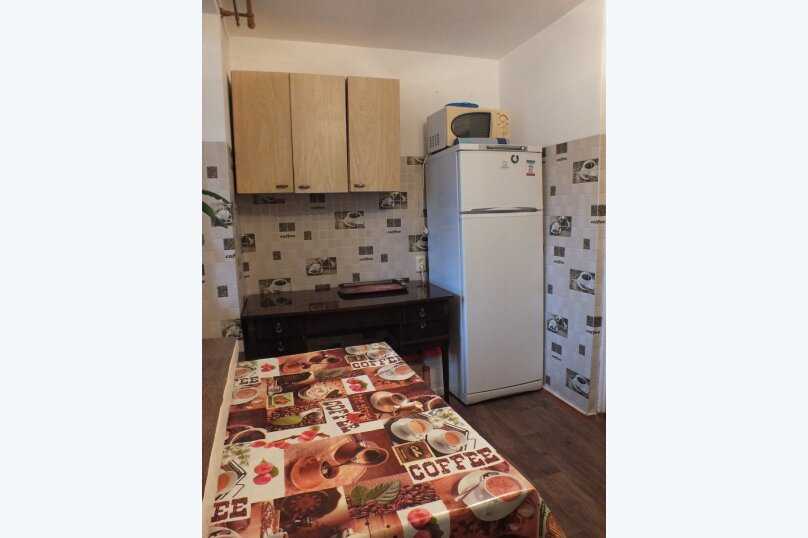 1-комн. квартира, 56 кв.м. на 4 человека, улица Нахимова, 4, поселок Орджоникидзе, Феодосия - Фотография 3