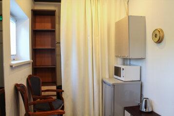 Отель, площадь Речников, 3 на 5 номеров - Фотография 2