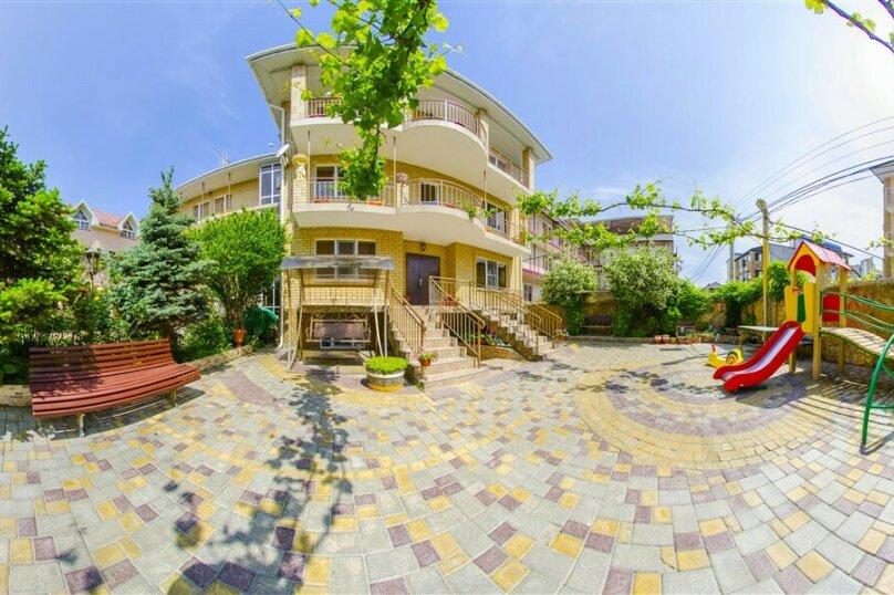 """Гостевой дом """"Костас"""" с собственным пляжем, Благовещенский переулок, 16 на 20 комнат - Фотография 1"""