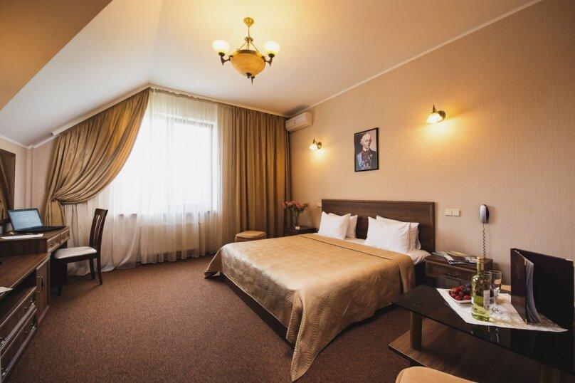 """Отель """"Адмирал"""", улица Щербака, 22А на 19 номеров - Фотография 1"""