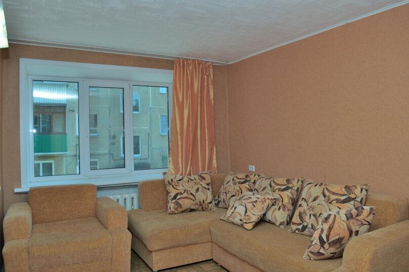 4-комн. квартира, 65 кв.м. на 8 человек, улица Ватутина, 65, Новосибирск - Фотография 10