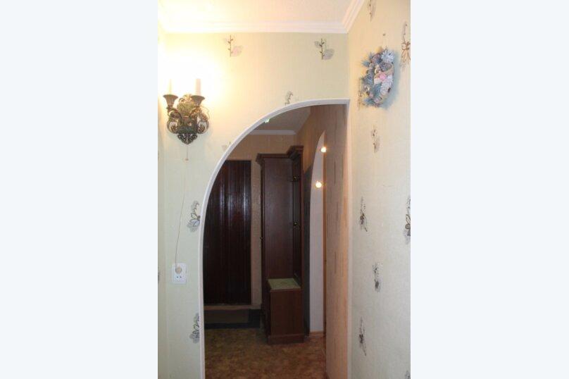 2-комн. квартира, 50 кв.м. на 7 человек, проспект Ленина, 55, Сургут - Фотография 11