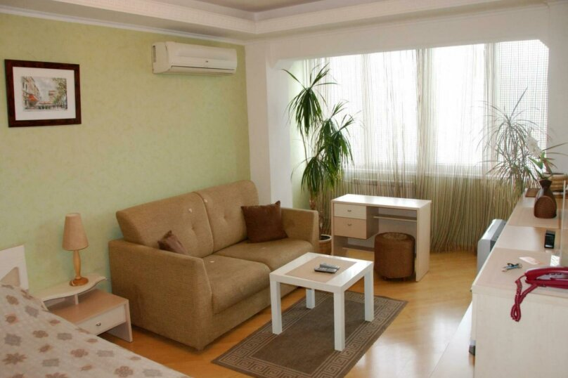 2-комн. квартира, 63 кв.м. на 4 человека, 20К-28-0, , Воронеж - Фотография 1