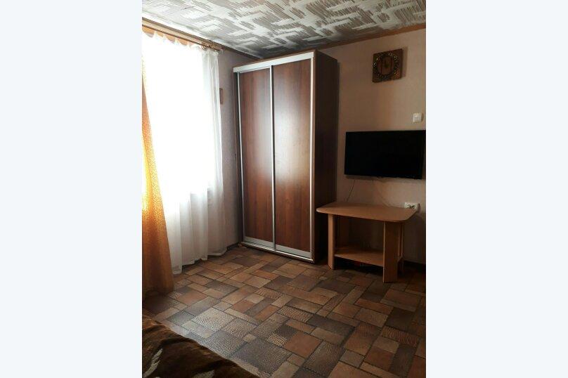 """Гостевой дом """"Прибрежный домик"""", 1 мая , 5 на 2 комнаты - Фотография 17"""