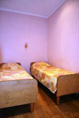 Дом, 50 кв.м. на 4 человека, 2 спальни, улица Кропоткина, Ейск - Фотография 3