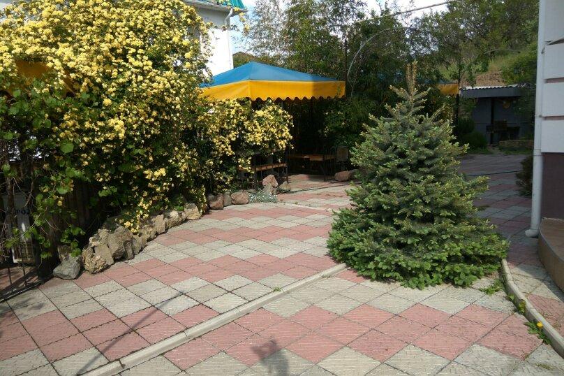 """Отель """"Мальборо"""", улица Судакская, 3 на 8 номеров - Фотография 4"""