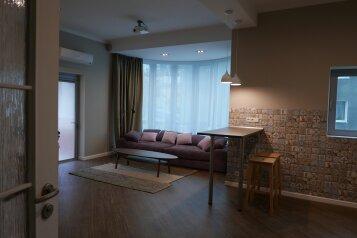 2-комн. квартира, 81 кв.м. на 3 человека, свердлова , Ялта - Фотография 1