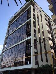 1-комн. квартира, 32 кв.м. на 4 человека, улица Просвещения, Адлер - Фотография 1