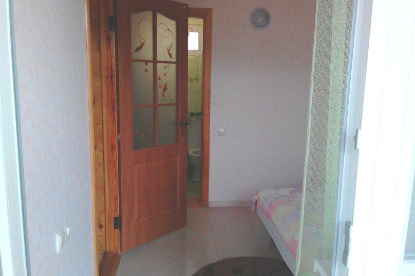 Дом, 30 кв.м. на 4 человека, 2 спальни, улица мартынова, 35, Морское - Фотография 6